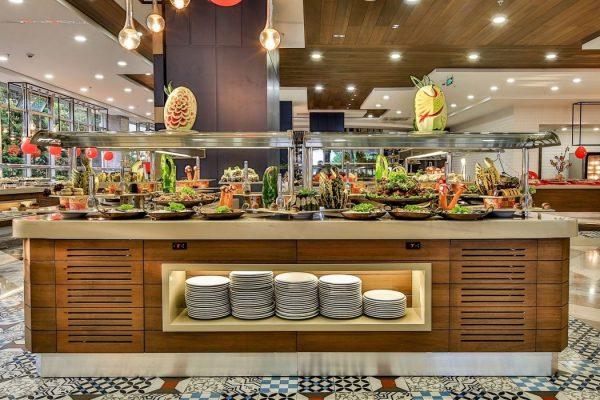 Restaurant saturn palace
